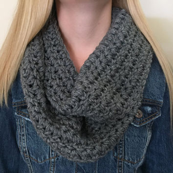 Chunky Infinity Scarf, Thick Crochet Bulky Winter Scarf, Womens Scarf, Loop Scarf, Circle Scarf, Heather Grey Neckwarmer