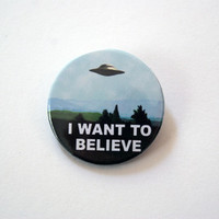 """The X Files - I want to believe 1x1.5"""" pinback button badge from Stickerama"""