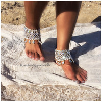 Winters Tale ~ CRYSTAL BAREFOOT SANDALS ~ pair of ankle jewels handmade with sead beads, pearls & crystals. Bridal bohemian wedding payal