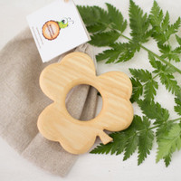 Baby teething toy Wooden Teether Shamrock New Baby Toy Baby shower Safe Infant Toy Handmade Organic Eco friendly
