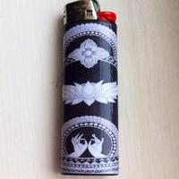 Black & White Lotus Custom Lighter