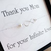 Mothers card with silver infinity bracelet, pearl bracelet, mother of the bride, mother of the groom, mothers day gift, gifts for mom