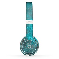 The Grungy Bright Teal Surface Skin Set for the Beats by Dre Solo 2 Wireless Headphones