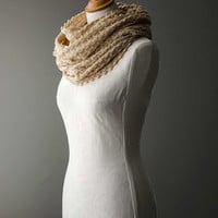 Knitted cowl, merino wool möbius scarf, wool cowl, snood, knitted wrap in pancake colour 'Tuck'