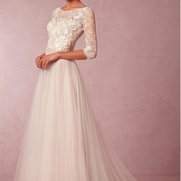 [106.25] Elegant Lace & Tulle Bateau Neckline 3/4 Length Sleeves A-line Wedding Dress With Venice Lace Appliques - Dressilyme.com