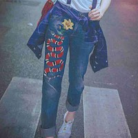 Gucci Popular Women Snake Embroidered Print Skinny Jeans Nine-Point Suspenders