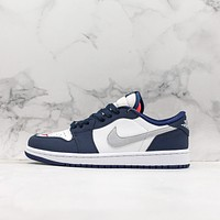 Nike SB x Air Jordan 1 Low Midnight Navy Sneaker