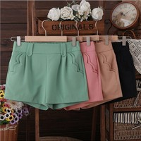 Candy color hot pants
