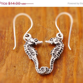 50% OFF - Seahorse Earring - sea horse, beach earring, black friday, holiday sale, cyber monday