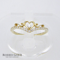 Heart of crown gold ring