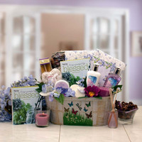 So Serene Spa Essentials Gift Set with out book (Sm)
