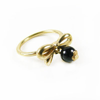 Vintage Bow Ring with Dangling Black Bead / Affordable Engagement Ring / Size 6.5 Ring - Bague Noir.
