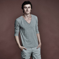 Men's Luxury Basic Gray T-shirt With Deep V-Neck And 3/4 Sleeves