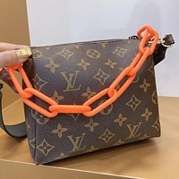 Louis Vuitton LV New Women's Printed Letter Chain Crossbody Bag