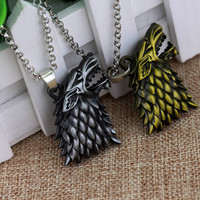 Free Shipping Game Of Thrones House Stark Necklace Winter Is Coming Wolf Head Pendant Alloy Necklace Gift For Fans Movie Jewelry
