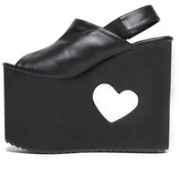 YRU 'BB' heart cut out wedge