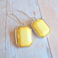 S U N B U R S T - Soft Light Sunshine Yellow Silver Plated Kidney Wire Dangle Earrings