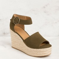 Head In The Clouds Olive Wedges