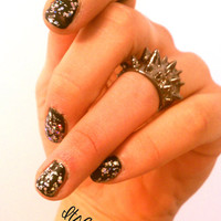 SPIKED KNUCKLE RING - Retro - Punk - Goth Spiked Knuckle Ring Size 7 - 7.5