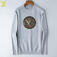 Louis Vuitton LV Autumn And Winter Fashion New Letter Women Men Long Sleeve Top Sweater Gray