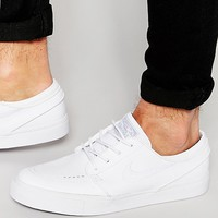 Nike SB Zoom Stefan Janoski Leather Trainers 616490-110 at asos.com