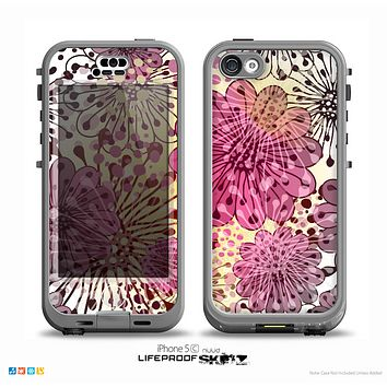 The Colorful Translucent Water-Flowers Skin for the iPhone 5c nüüd LifeProof Case