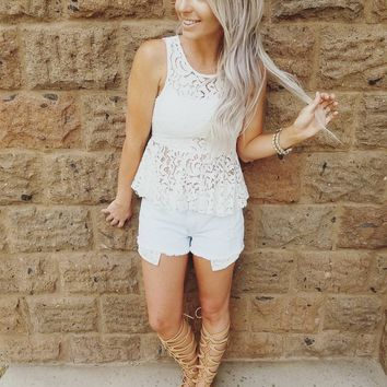 DARLING IN LACE TOP IN WHITE