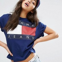 Tommy Jeans 90's T-shirt with Printed Logo One-nice™