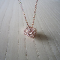 Rose box necklace, hollow roses, big stars zircon, rose gold necklace,Refined, elegant, the best wedding gift