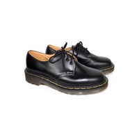 UK 4.5 | DR MARTENS black leather oxford shoes - Made in England docs - 3 eye lace doc oxfords - womens us size 6 - 7