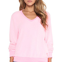 Wildfox Couture Baggy Beach Long Sleeve V-Neck in Pink