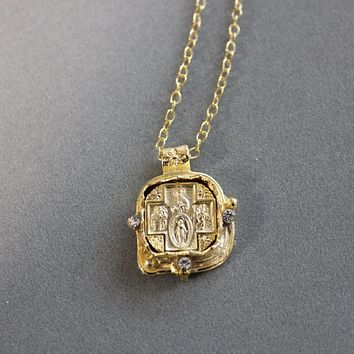 18K Yellow Gold Four Way Medal Necklace