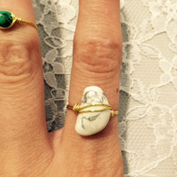 Gold Wire-Wrapped White Stone Ring- SIZE 6.5
