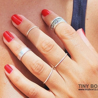 VOGUE Silver Ring Set - Cute Stacking Rings - Silver Ring - Knuckle Rings - Midi Rings - Set of 5 Stackable Rings by TinyBox12