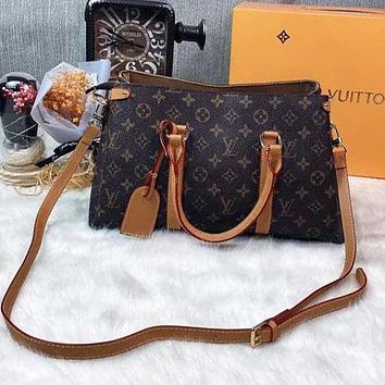 Louis Vuitton LV Classic Letters Printed Pattern Handbag Tote Bag Fashion Ladies One Shoulder Messenger Bag