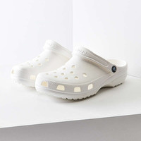 Crocs Classic Clog | Urban Outfitters