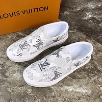 lv louis vuitton men fashion boots fashionable casual leather breathable sneakers running shoes 668