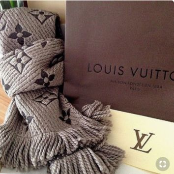 LV Popular Louis Vuitton Jacquard Cashmere Cape Scarf Scarves Shawl Accessories Grey