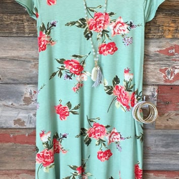 Floral Pocket Midi Dress