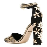 Dolce & Gabbana Embellished Pump Shoes - Benesch - Farfetch.com