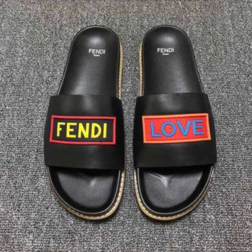 FENDI Love Summer Sandal Slipper Shoes Summer Vacation Holiday Beachwear