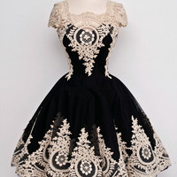 Cap Sleeves Black With White Appliques Short Chiffon Homecoming Dress