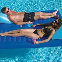 Face 2 Face Pool Float