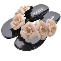 2016 New FASHION Summer Hot Women Sandals With Beautiful Camellia Flower Sweet Flip Flops