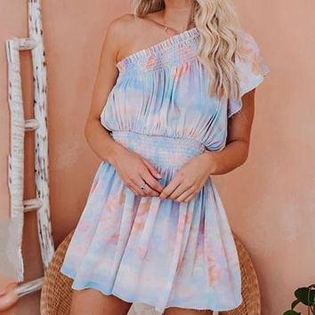 2020 new women's casual off-shoulder tie-dye printed ruffled dress