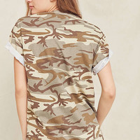 Vintage Cuffed Camo Tee   Urban Outfitters