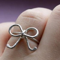 Sterling Silver Bow Ring by luckyduct on Etsy