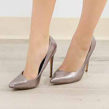 Midnight Pulse Liquid Pewter Pumps