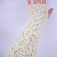 Long cabled arm warmers - cable fingerless gloves - cream wrist warmers - hand knit wrist warmers - arm warmers - cabled fingerless gloves