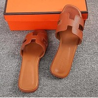 Hermes Classic Hot Sale Women Leather Slipper Sandals Shoes Brown
